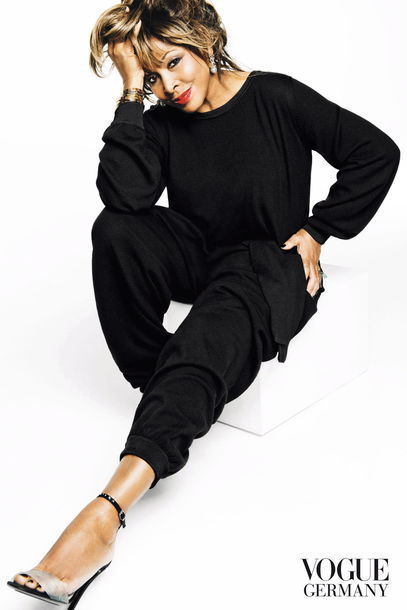 tina-turner-indlekofer-knoepfel-vogue-april-2013-2_article_gallery_portrait